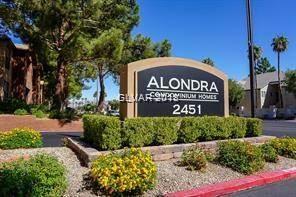 Condo for sale in 2451 RAINBOW Boulevard 2143, Las Vegas, NV, 89108
