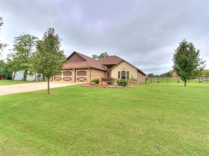 Residential for sale in 8625 Chukar Road, Oklahoma City, OK, 73099