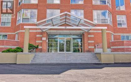 Single Family for sale in 9 CHALMERS RD 216, Richmond Hill, Ontario, L4B3N3