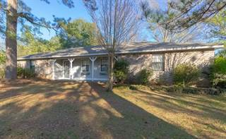 Single Family for sale in 20 Lee St., Petal, MS, 39465