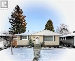 Single Family for sale in 429 26 Street S, Lethbridge, Alberta, T1J3R1