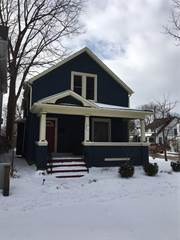 Single Family for rent in 19 Thomas Street, St. Catharines, Ontario, L2R6R7