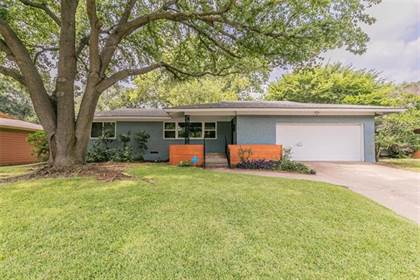 Residential for sale in 1314 Westcrest Drive, Arlington, TX, 76013