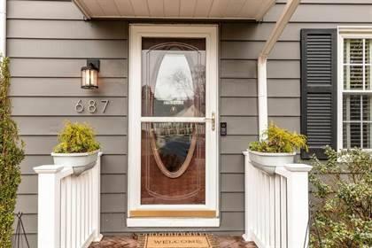 Residential for sale in 687 E BEAUMONT Road, Columbus, OH, 43214