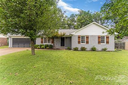 Single-Family Home for sale in 291 W University Parkway , Jackson, TN, 38305