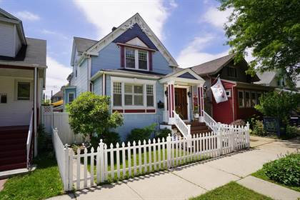 Residential for sale in 4119 West Addison Street, Chicago, IL, 60641