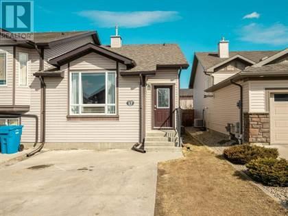 Single Family for sale in 17 Dorothy Gentleman Crescent N, Lethbridge, Alberta, T1H5N8