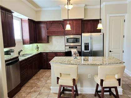 Residential Property for sale in 301 Watermere Drive 222, Southlake, TX, 76092