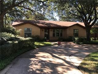Single Family for sale in 1810 W Cedar Elm Drive W, Arlington, TX, 76012
