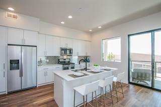 Apartment for sale in 7300 E EARLL Drive 2010, Scottsdale, AZ, 85251