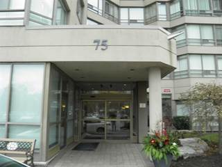 Condo for sale in 75 King St E 502, Mississauga, Ontario