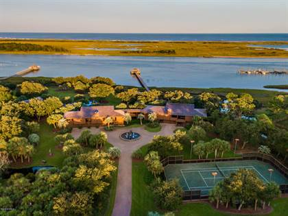 Residential Property for sale in 7422 Sea Lilly Lane, Federal Point, NC, 28409