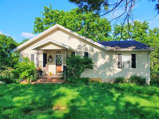 Single Family for sale in 21565 South Bb Highway, Nevada, MO, 64772