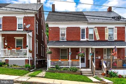 Residential Property for sale in 15 E LANCASTER STREET, Red Lion, PA, 17356