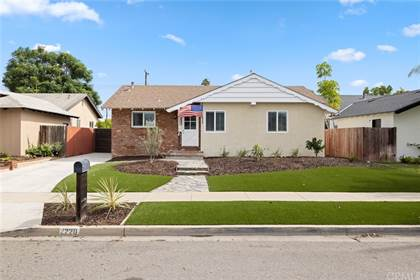 Residential Property for sale in 2220 Raleigh Avenue, Costa Mesa, CA, 92627