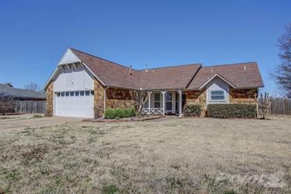 Single-Family Home for sale in 13511 E 39th St , Tulsa, OK, 74134