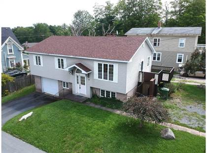 Residential Property for sale in 15 School Street, Mahone Bay, Nova Scotia, B0J 2E0