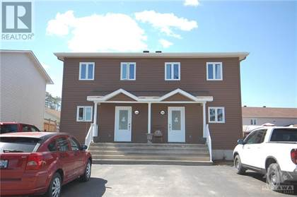 Multi-family Home for sale in 786-788 LAWRENCE STREET, Rockland, Ontario, K4K1C5