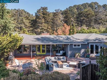 Residential Property for sale in 3100 Robinson Dr, Oakland, CA, 94602