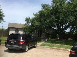 Single Family for sale in 1818 Independence Court, Grand Prairie, TX, 75052