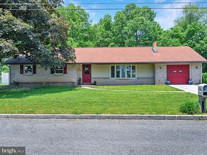 Residential Property for sale in 15 HORSESHOE BOULEVARD, Greater  Cornwall, PA, 17003