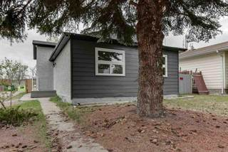 Single Family for sale in 3903 41 AV NW, Edmonton, Alberta, T6L5K5