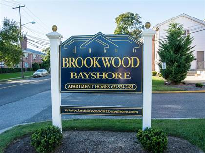 Apartment for rent in 99 South Clinton Avenue, Bay Shore, NY, 11706