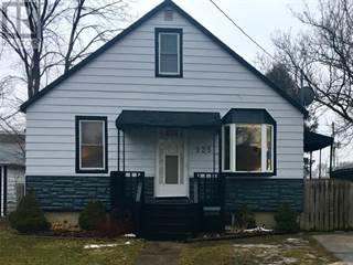 Single Family for rent in 925 SYCAMORE DRIVE, Sarnia, Ontario, N7S1H9