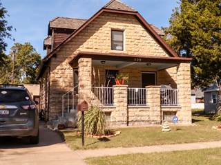 Single Family for sale in 509 East Wisconsin Street, Russell, KS, 67665