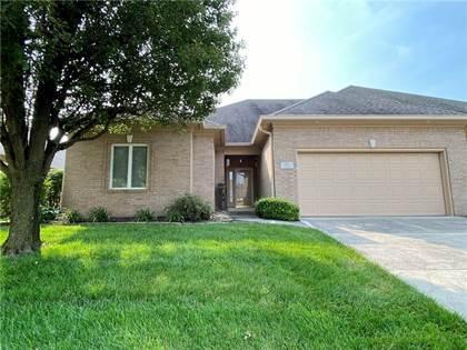 Residential for sale in 1421 Heron Ridge Boulevard, Greenwood, IN, 46143