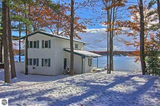 Single Family for sale in 5376 Scout Camp Road, Greater Traverse City, MI, 49686