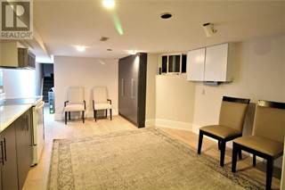 Houses & Apartments for Rent in Trinity Bellwoods: from