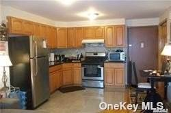 Residential Property for rent in 43-20 214th Place 4F, Bayside, NY, 11361