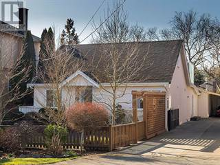 Single Family for sale in 2595 Penrhyn St, Saanich, British Columbia