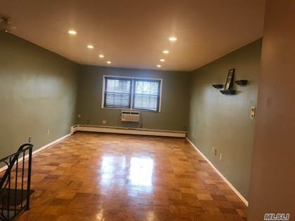 Residential Property for rent in 705 Towne House Vlg, Hauppauge, NY, 11749