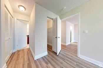 Apartment for rent in 4000 N 56th Ave, Hollywood, FL, 33021
