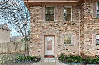 Townhouse for sale in 7409 Kingswood Circle, Fort Worth, TX, 76133