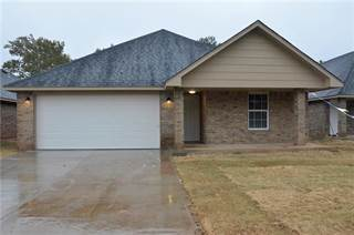 Single Family for sale in 4004 S SHIELDS Boulevard, Oklahoma City, OK, 73129
