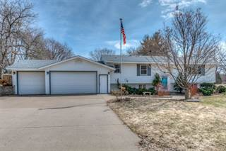 Single Family for sale in 579 Grospoint Avenue N, Oakdale, MN, 55128