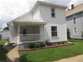 Single Family for rent in 128 8th St Northeast, New Philadelphia, OH, 44663