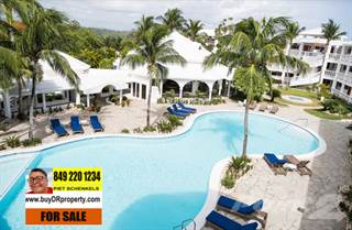 Condo for sale in REMODELED CONDOMINIUMS WALKING DISTANCE TO THE BEACHES, Cabarete Bay, Puerto Plata
