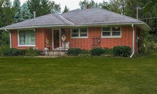Single Family for sale in W2135 O Leary Ln, East Troy, WI, 53120