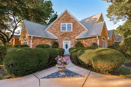 Residential for sale in 17502 Sandy Cliffs Drive, Houston, TX, 77090