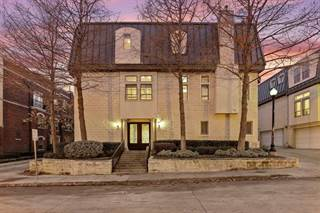 Townhouse for sale in 2429 Worthington Street, Dallas, TX, 75204