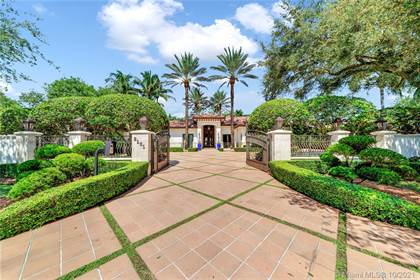 Residential for sale in 8101 SW 78th St, Miami, FL, 33143
