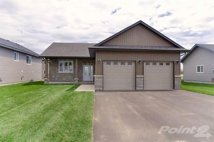 Residential Property for sale in 612  Elizabeth Street, Pembroke, Ontario, K8A 1X4