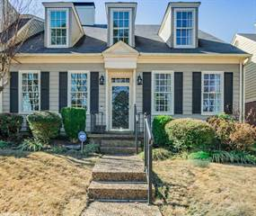 Townhouse for sale in #6 Windsor Court, Little Rock, AR, 72212