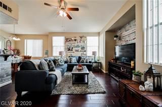 Condo for sale in 1621 QUEEN VICTORIA Street 203, Las Vegas, NV, 89144