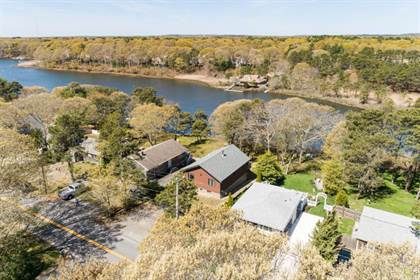 Residential Property for sale in 59 Shorewood Drive, Falmouth, MA, 02536