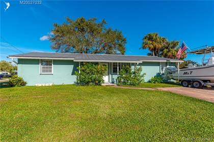 Residential for sale in 245 SE Salerno Road, Stuart, FL, 34997